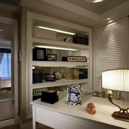 2017欧式风格夫妻卧室连书房装修效果图