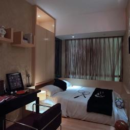 2017现代风格简单温馨男孩卧室兼书房装修效果图片