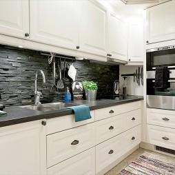 现代简约小户型整体L型小面积家居厨房装修效果图欣赏