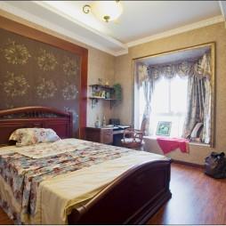 欧式卧室床头壁纸带书桌飘窗阳台装修效果图