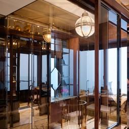 香港Seymour家装玄关玻璃酒柜装修效果图