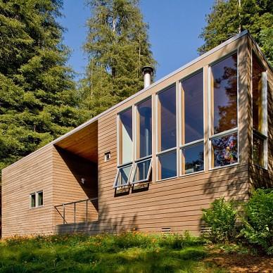 密林中的现代别墅设计_646273