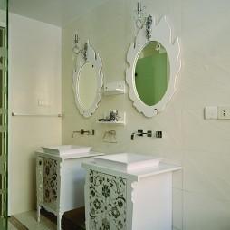 混搭风格时尚别墅主卫生间洗手盆马赛克瓷砖装修效果图片