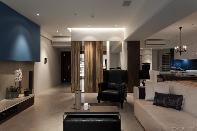 台北海华国际之星住家案客厅玄关装修效