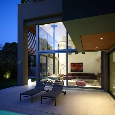 希腊雅典基菲萨住宅设计3
