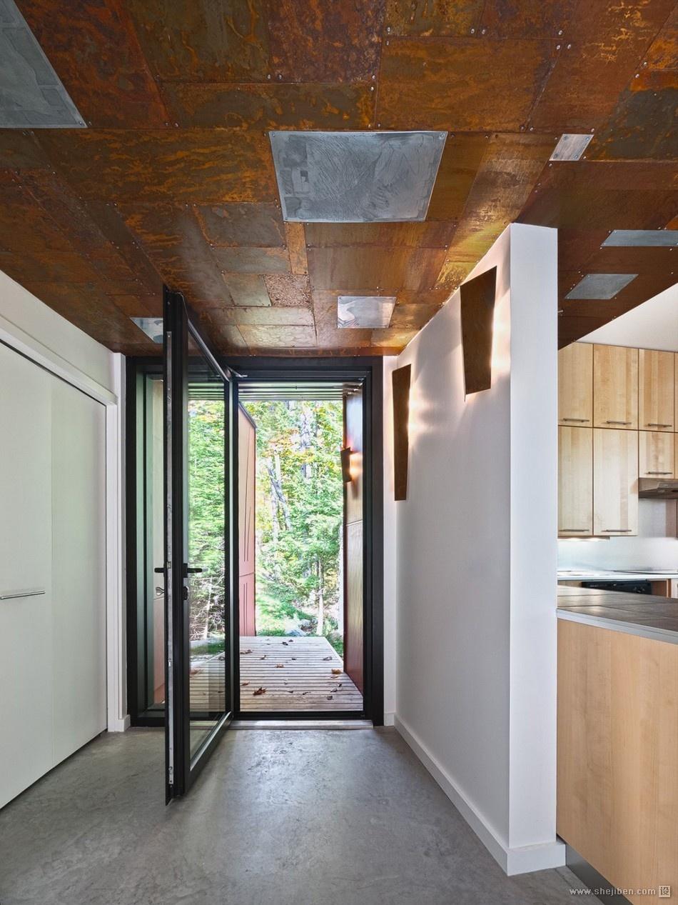 山间阁楼小别墅进门过道玄关装修效果图 设计本装修效果图