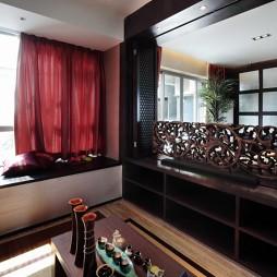 天邑湾样板间东南亚超小客厅阳台榻榻米装修效果图