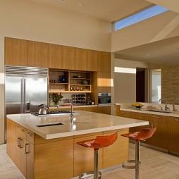 家装厨房带吧台装修效果图