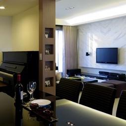 现代风格二居室设计餐厅与客厅隔断装修效果图