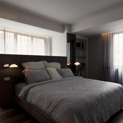 经典简约四居设计卧室窗帘装修效果图