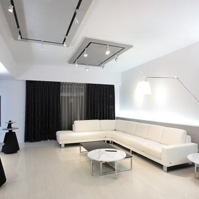 现代风格家居设计台南席悅林宅客厅飘窗窗帘装修效果图