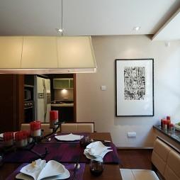 混搭餐厅与厨房隔断装修效果图片