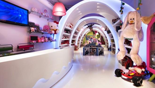 """巴塞罗那""""Pilar的故事""""玩具店室内设计"""