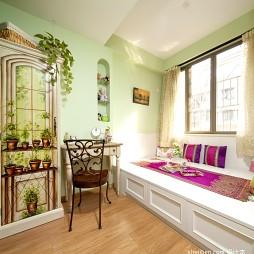 2017混搭风格三室一厅绿色系女孩儿童房榻榻米床装修效果图片