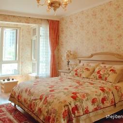 田园风格温馨卧室花纹壁纸装修效果图片