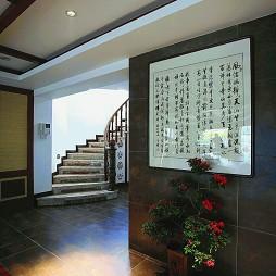 2017中式风格别墅高档旋转式楼梯实木扶手装修效果图片