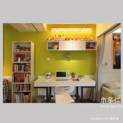 绿意生活现代卧室带书房装修效果图