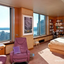 现代风格青年家居阁楼卧室兼书房装修效果图片