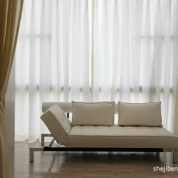 现代卧室带阳台休闲区装修效果图