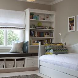 现代风格时尚儿童房窗台书柜装修效果图片