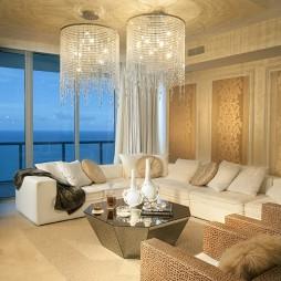 混搭客厅吊顶水晶吊灯装修效果图