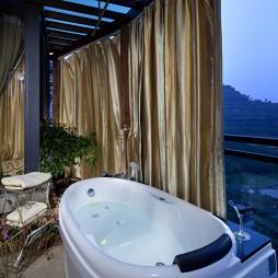 美式露台浴室浴缸装修效果图