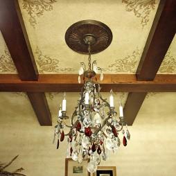 美式客厅实木吊顶吊灯装修效果图