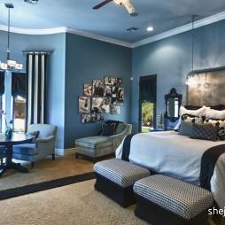 欧式风格蓝色调主人房卧室连客厅床头背景墙装修效果图片