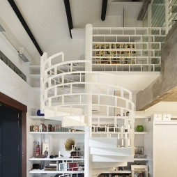 2017混搭风格复式楼室内精品中柱旋转楼梯护栏装修效果图