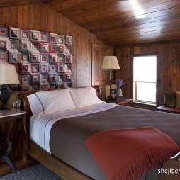 美式风格经典时尚别墅阁楼卧室床头背景墙装修效果图片