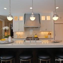 经典美式别墅厨房吧台效果图
