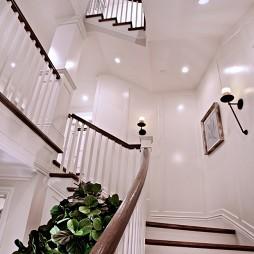 2017欧式风格别墅室内家装高档实木楼梯扶手装修效果图
