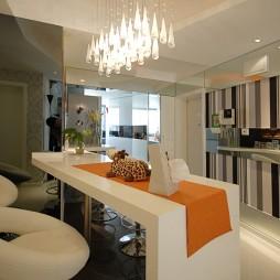 现代风格家装餐厅吧台吊顶灯镜面装修效果图