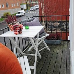 2017现代风格房露天观景阳台装修效果图片