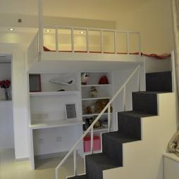 30平米小户型公寓阁楼楼梯间装修效果图