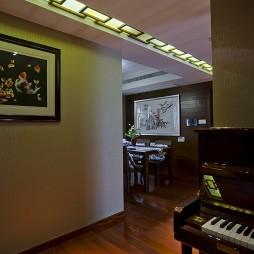 中式风格复式家装餐厅与钢琴房过道吊顶装修效果图