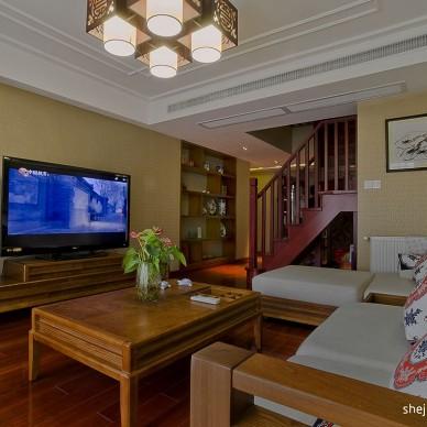中式风格木质地板客厅装修家装果图