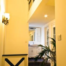 2017地中海风格三室一厅家装过道装修效果图欣赏