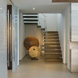 2017现代风格别墅家装室内不锈钢楼梯扶手装修效果图