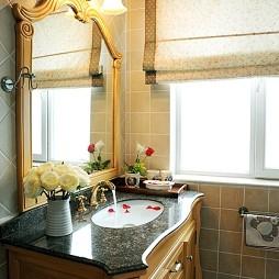 美式风格三室一厅小空间卫生间装修效果图