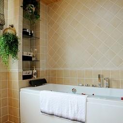 美式风格三室一厅卫生间装修效果图