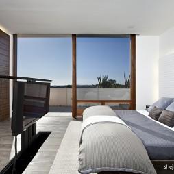 2017现代风格别墅白色居家移门主卧室加阳台装修效果图