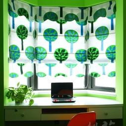 2017现代风格三室一厅最新经典女孩儿童房带书桌窗户窗帘装修效果图片
