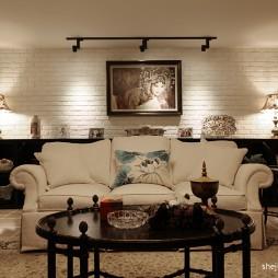2017新古典风格别墅室内客厅休闲区沙发背景墙装修效果图片