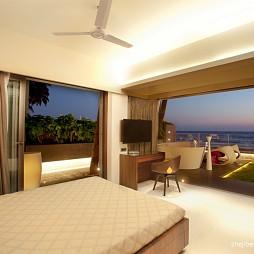 2017现代风格海滨别墅奢华创意大卧室移门装修效果图