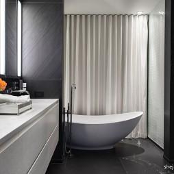 2017现代风格别墅新房卫生间浴缸窗帘装修效果图