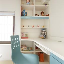 现代简约风格三室一厅90后小孩书房书柜装修效果图