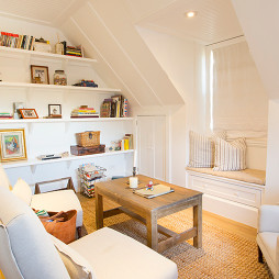 复式阁楼小客厅装修效果图