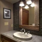 混搭风格超小型次卫生间鹅卵石墙砖背景墙装修效果图