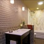 现代风格长方型卫生间创意墙砖装修效果图